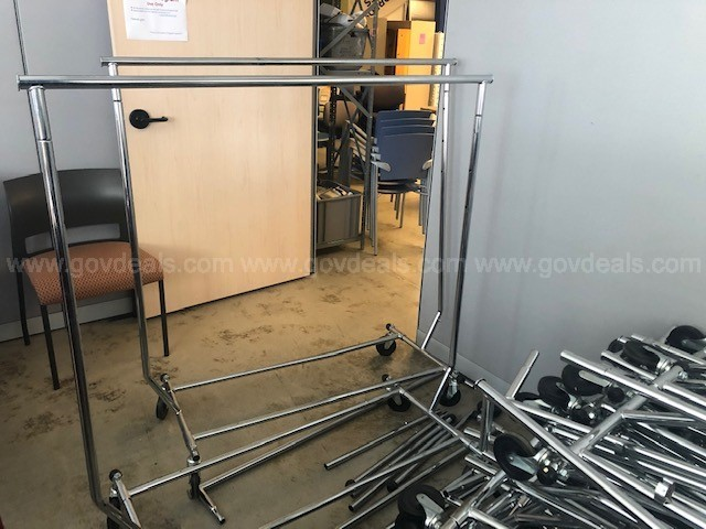 Lot Sale Garment Rolling Racks