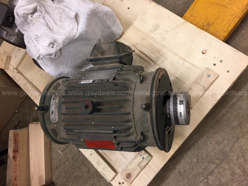 RELIANCE 3 HP INVERTER DUTY ELECTRIC MOTOR W/ ENCODER