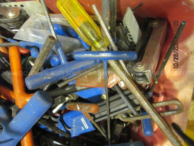 1 Plt of Misc Tools: Screwdrivers, Allen Wrenches, Hand Pumps, Pipe Wrench