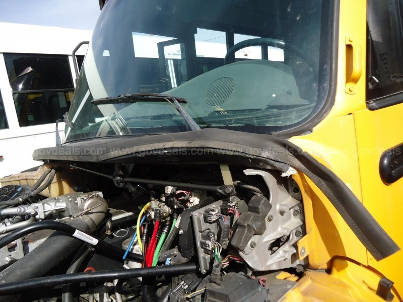 2008 THOMAS BUILT FREIGHTLINER BUS