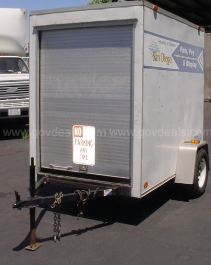 Trailer: Enclosed Single Axle