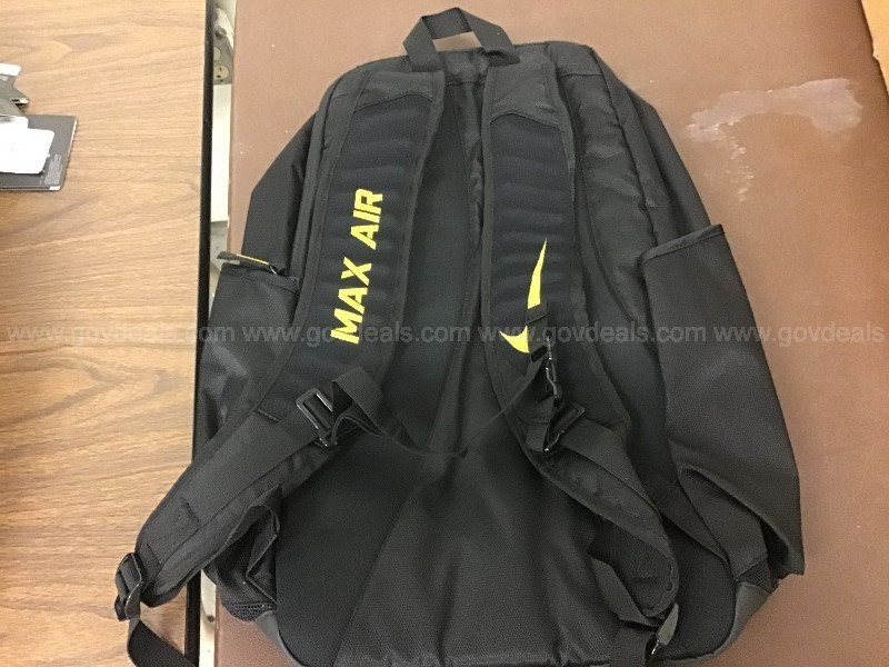 Lot of 5. Nike back packs. Rowing team edition.