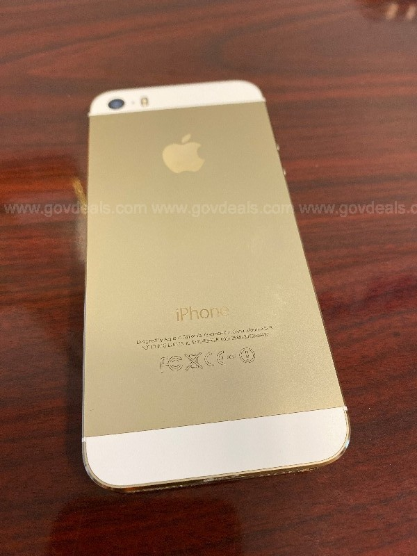 Apple iPhone 5s (Gold) (16GB)