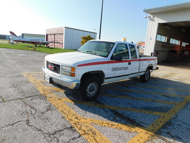 1997 GMC Sierra 1500 Ext. Cab 6.5-ft. Bed 4WD