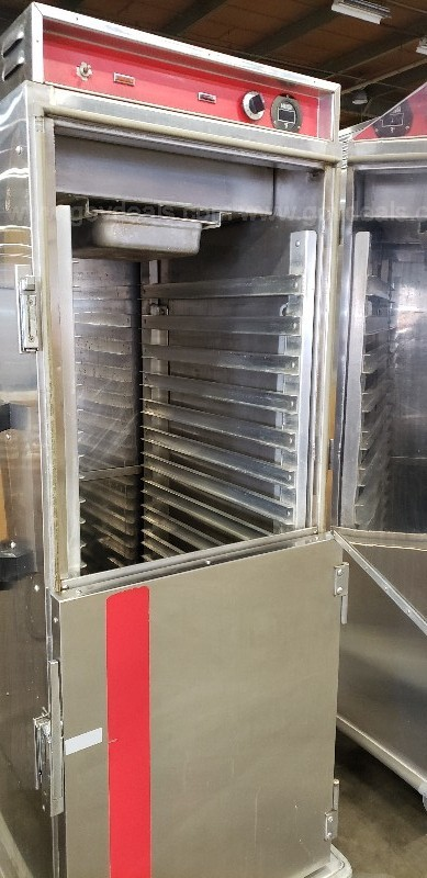 *** COMMERCIAL SAMMON'S HEATED CABINET-3 DOOR ***