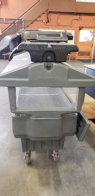 *** COMMERCIAL CAMBRO MOBILE SALAD / FOOD BAR ***