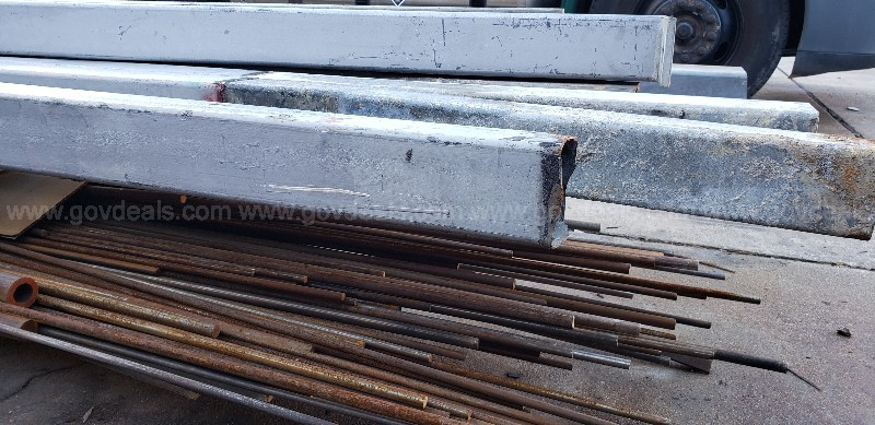 *** STEEL ROUND BARS & SQUARE POLES ***