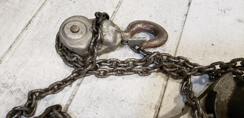 *** 3 TON HOIST MANUAL CHAIN HOST ***