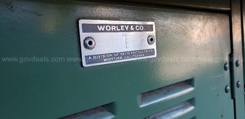 *** WORELY STEEL / METAL WORK TABLE  / CABINET ***