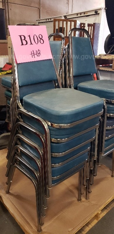 *** CHAIRS BY LOT ***