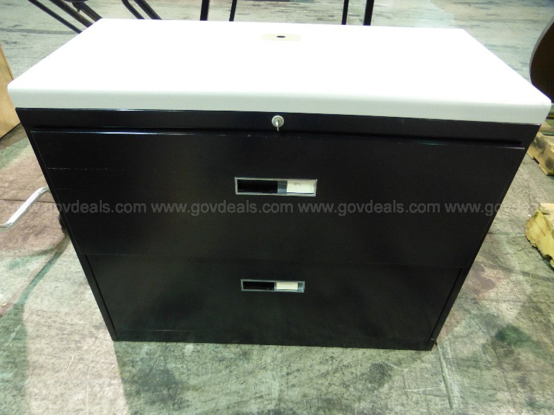 File Cabinet with Two Drawers