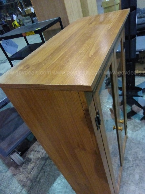 Cabinet with 2 Glass Doors (H)