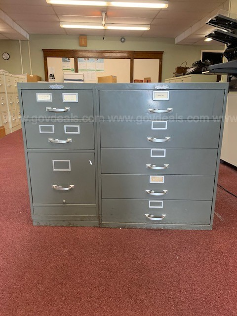 1 Lot of (1) Card Filing Cabinets