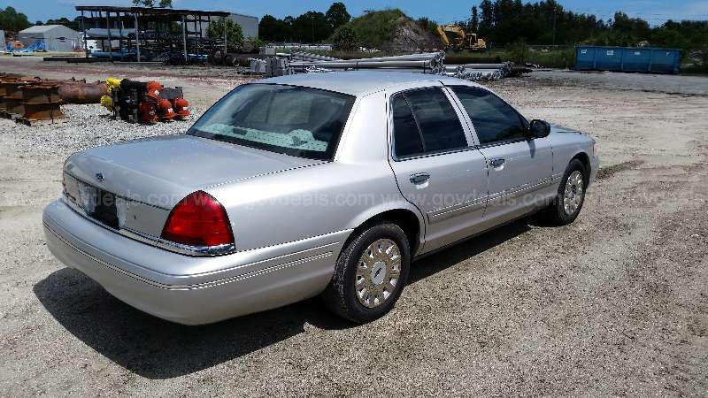 2004 Ford Crown Victoria Interceptor Package ***RE-AUCTION***