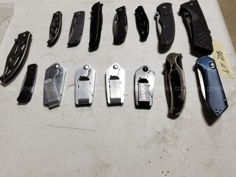 GERBER KNIVES. MISC.STYLES/SIZES