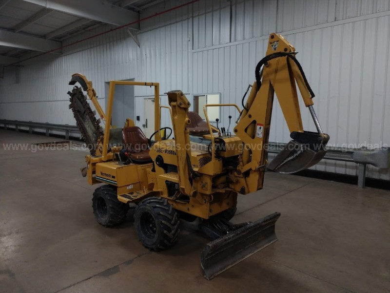 2000 V3550A Vermeer Trencher