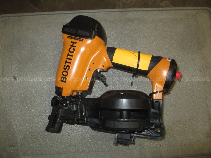 Bostitch Coil Roofing Nailer - Lot #2
