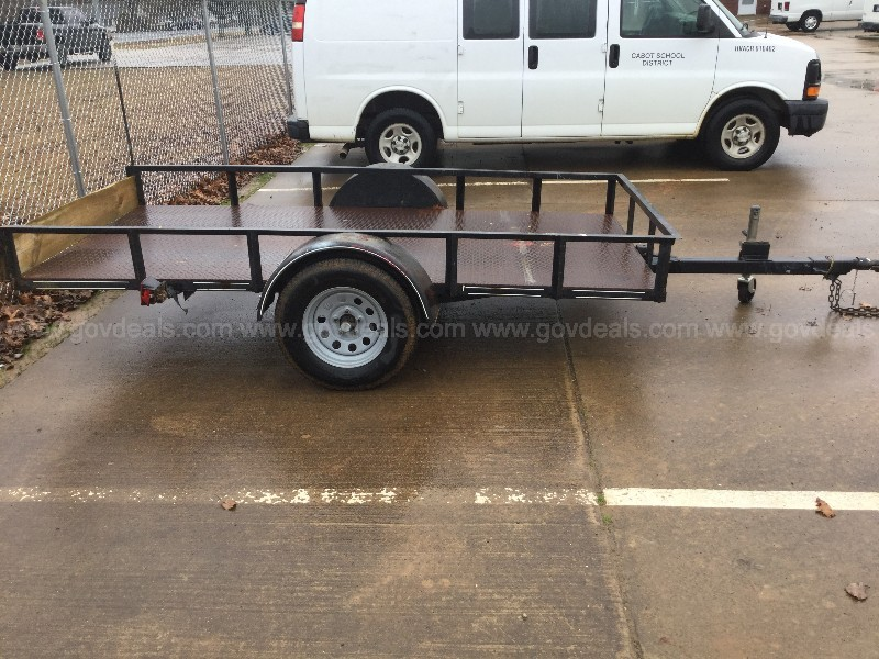 5'x10' Utility Trailer (Unknown Manufacture Date)