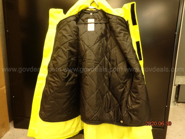 ONE 3XL SAFETY YELLOW JACKET W/ SILVER REFLECTIVE TRIM: OSHA COMPLIANT