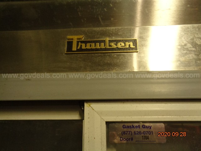 TRAULSEN 2 DOOR REFRIGERATED MERCHANDISER – MODEL# GS0000 S#T427210D92