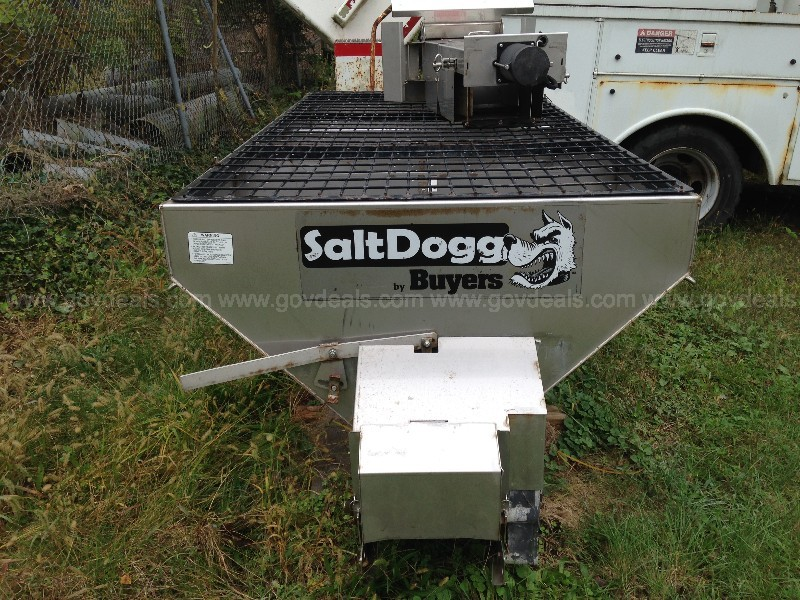 2015 Buyers SaltDogg Salt Spreader