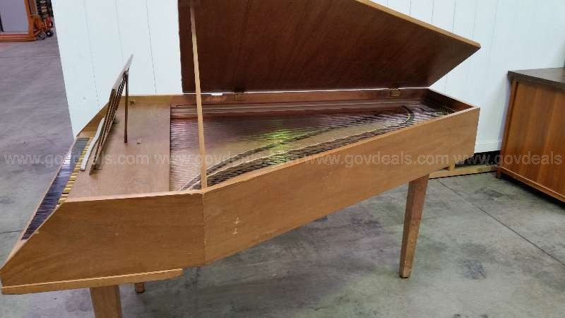 Harpsichord -Pick Up Only-