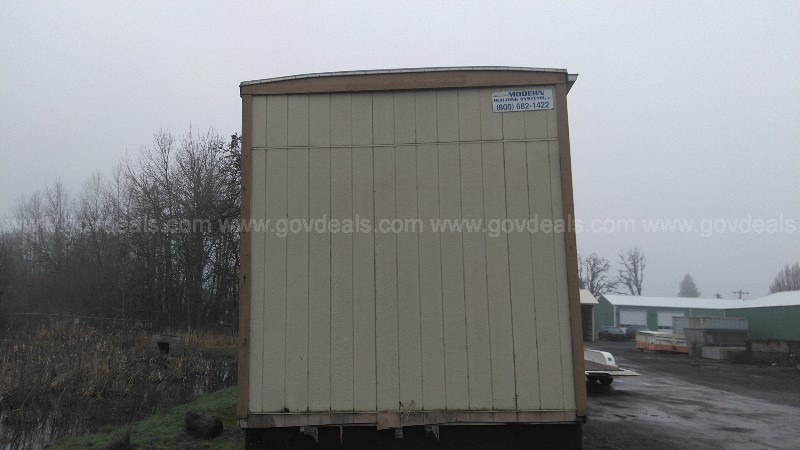 Portable Building on trailer, 32ft x 10ft x 13ft