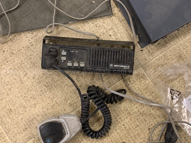 Lot of approx 10 CM200 Motorola Radios