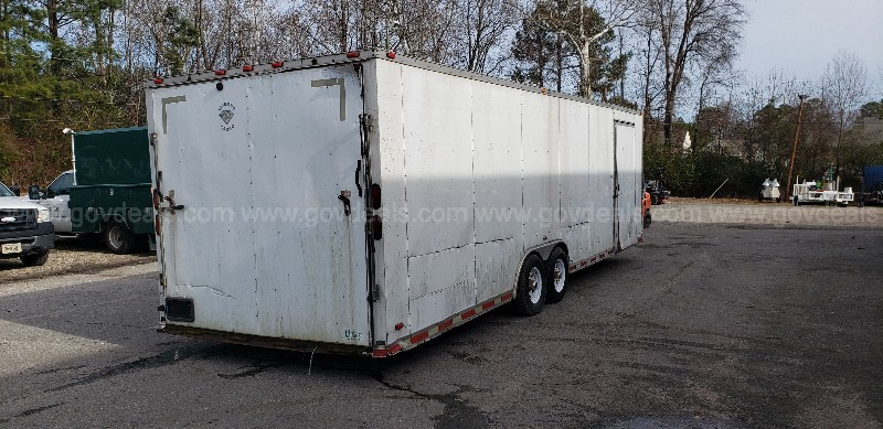 2008 DIAMOND CARGO 28' TRAILER