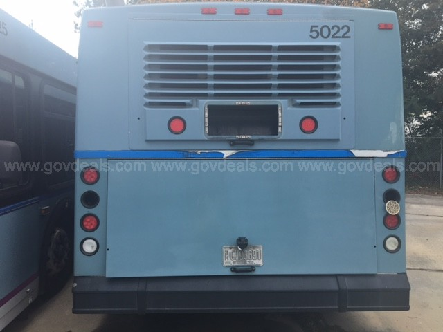 Lot of Six 2005 New Flyer D40LF Transit Buses