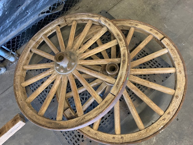 USED OLD CAISSON WAGONS PARTS