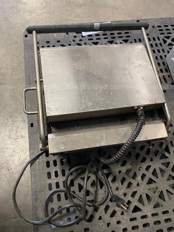 USED GRILL PRESS
