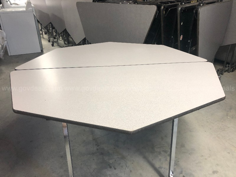 Pacer Tables - Lot of 20