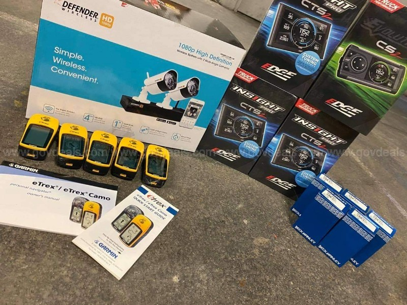 1 lot of various electronics, auto equipment and security camera system