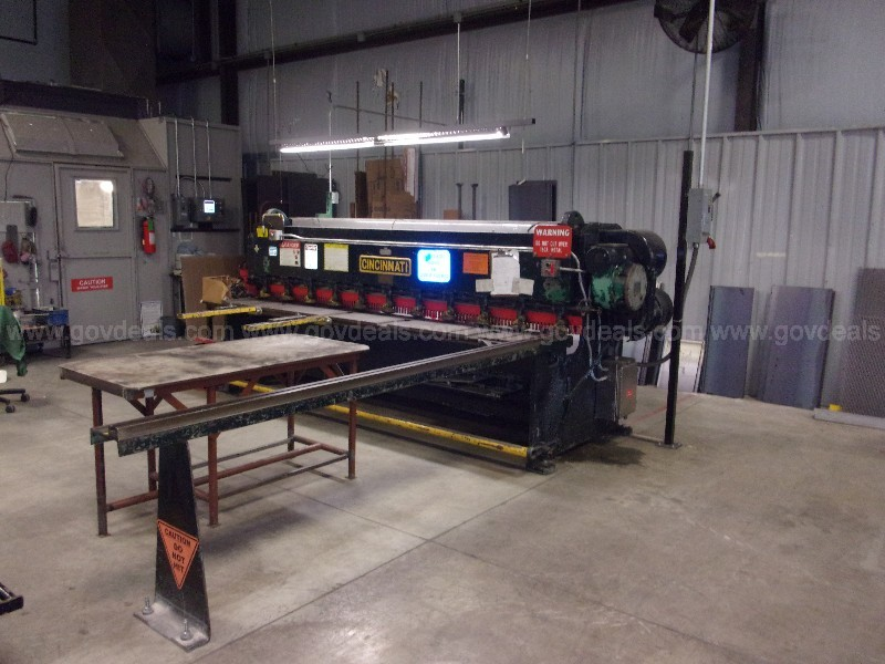 Cincinnati Metal Cutting Shear