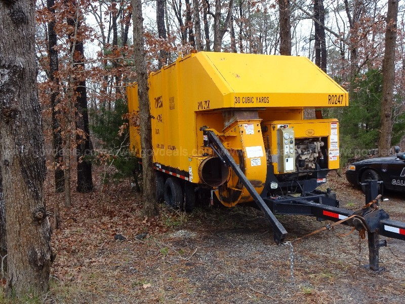 ODB Leaf Vac Self Contained 30 Cubic Yard Trailer Mouinted