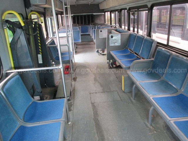 2002 BLUEBIRD TRANSIT TYPE BUS (PARTS ONLY)