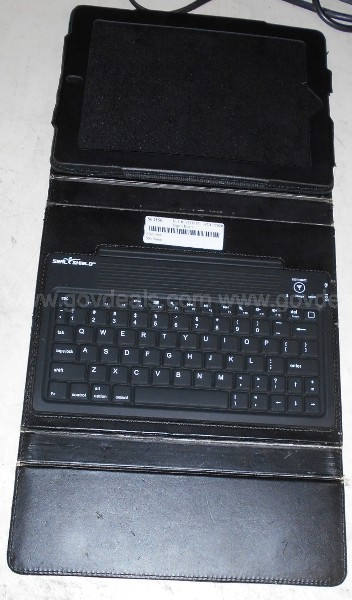 One (1) iPad Case With Built-In Keyboard