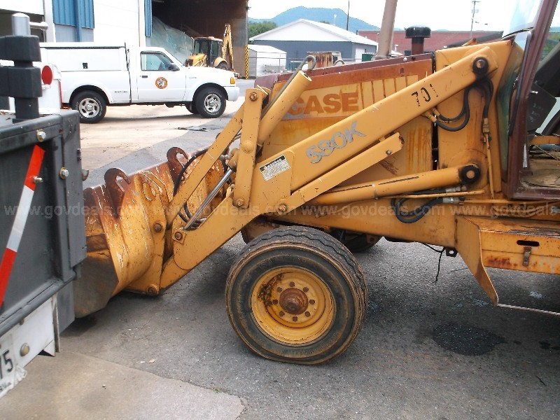 1988 CASE BACKHOE 580K