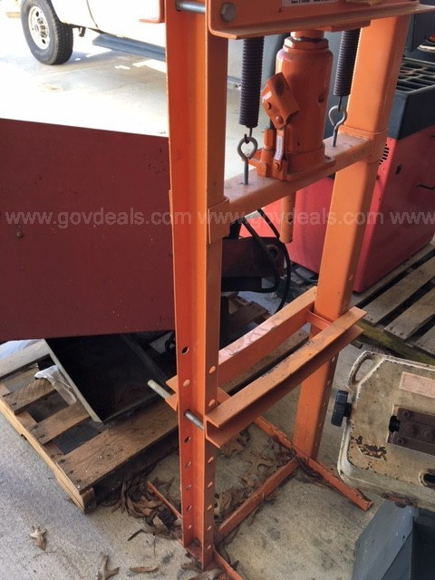 12 Ton Shop Press (124319 RS)