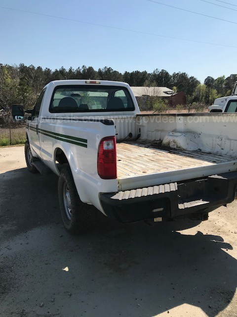 2010 Ford F-250 SD XL 4WD (131038 NB)