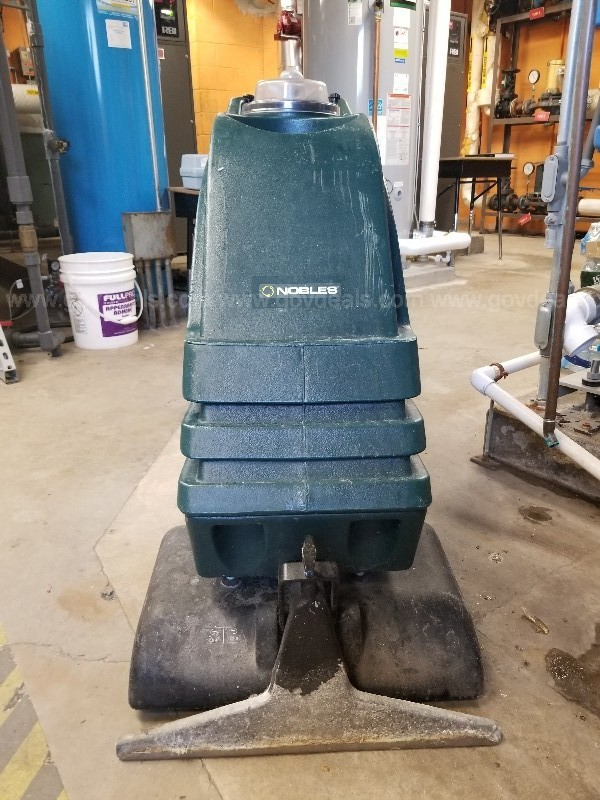 Nobles/Tennant carpet extractor