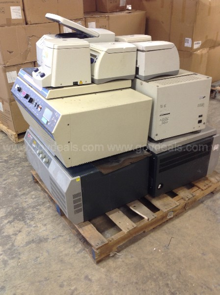 Untested and Non-Working Centrifuge Lot