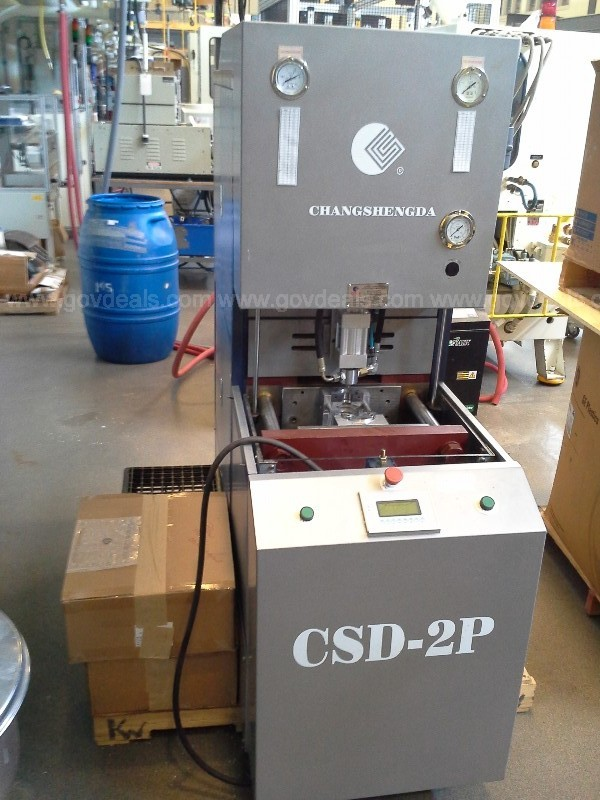 2010 Changshengda CSD-2P Semi-Automatic Blow Molding Machine