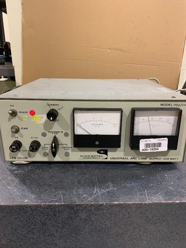 SIXTEEN ASSORTED ELECTRONIC, SCIENTIFIC AND LABORATORY DEVICES SB-AA7