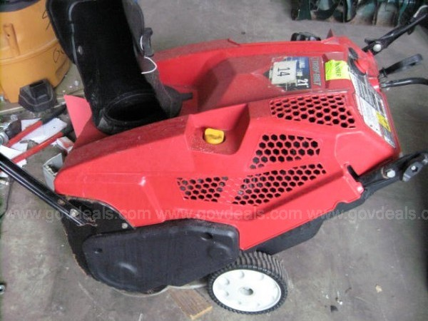 POWERED ON ELECTRIC SNOW BLOWERS – 3 UNITS