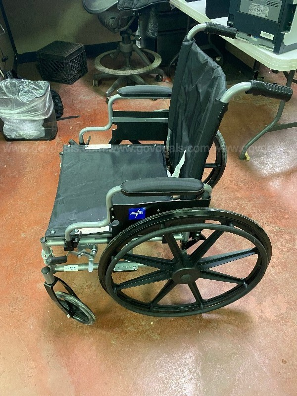 MedLine Wheel Chair– 1 UNIT