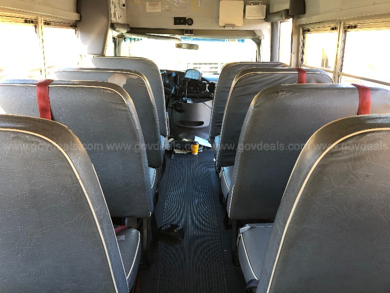 1999 Ford Econoline E350 Super Duty 7.3L Diesel School Bus