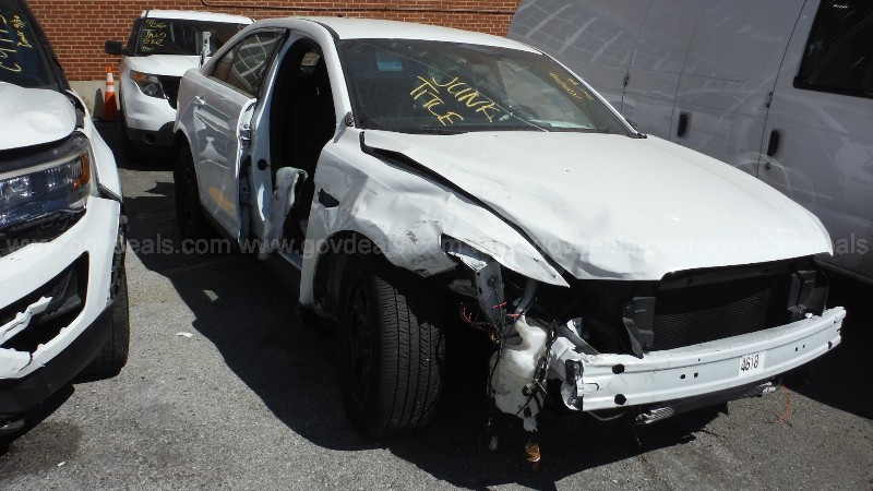 2019 Ford Taurus Police AWD-JUNK TITLE