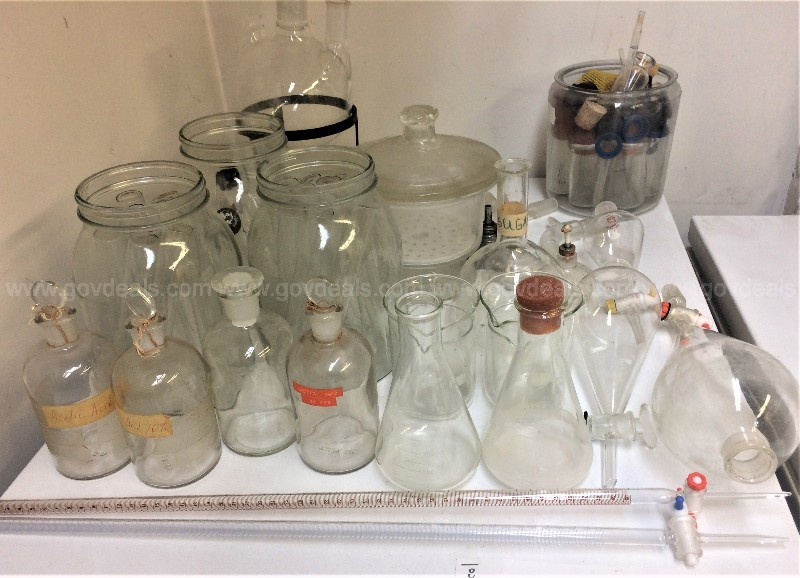 Scientific Lab Glassware